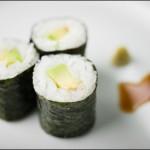 japonski catering-sushi-maki z avokadom
